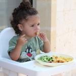 知らないと不慮の事故が起こるかも?!乳幼児期に食べさせない方が良い食品類5選!